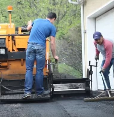 Laying Asphalt on a Driveway Jersey Strong Paving Hunterdon County NJ